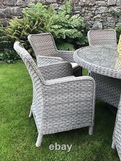 Bramblecrest 6 Seat Grey Rattan Dining Garden Patio Furniture Set 2.5k New