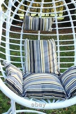 Chaise De Suspension D'oeuf Avec Jardin De Coussin De Jardin Extérieur Pe Rattan Meubles